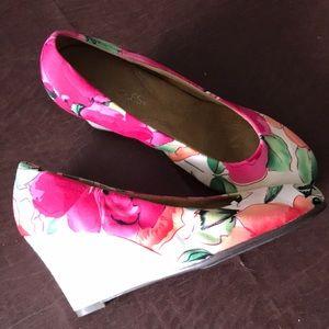 AEROSOLES beautiful shoes like brand new